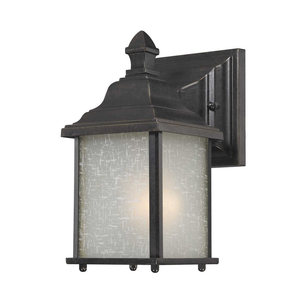 Charleston Small Outdoor Wall Light